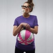 Lila strandlabdás terhes póló